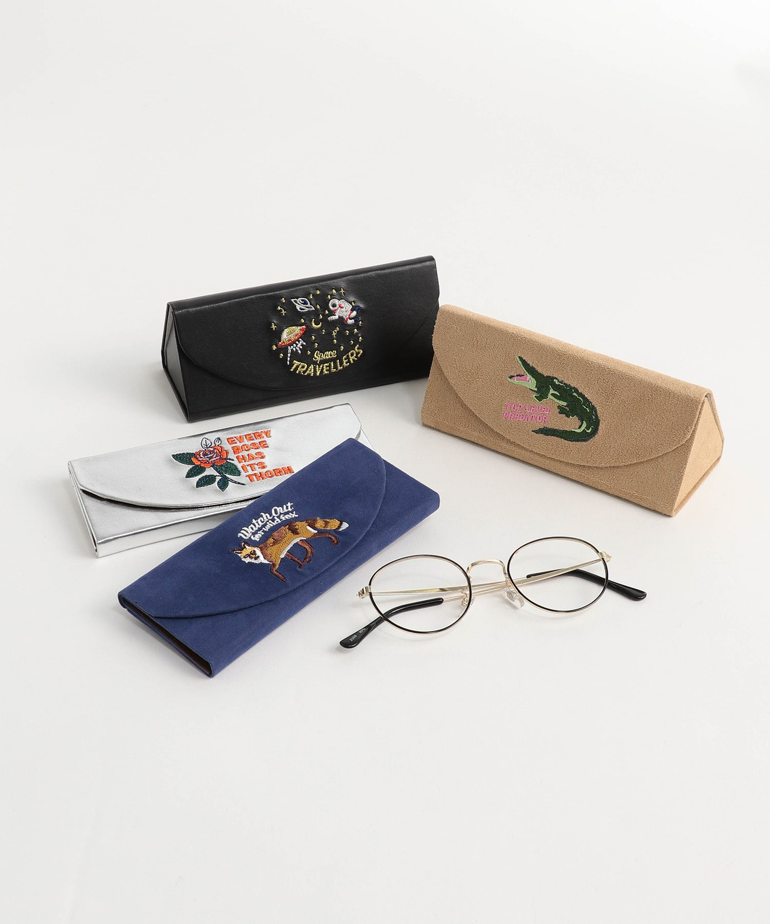 COMPACT GLASSES CASE