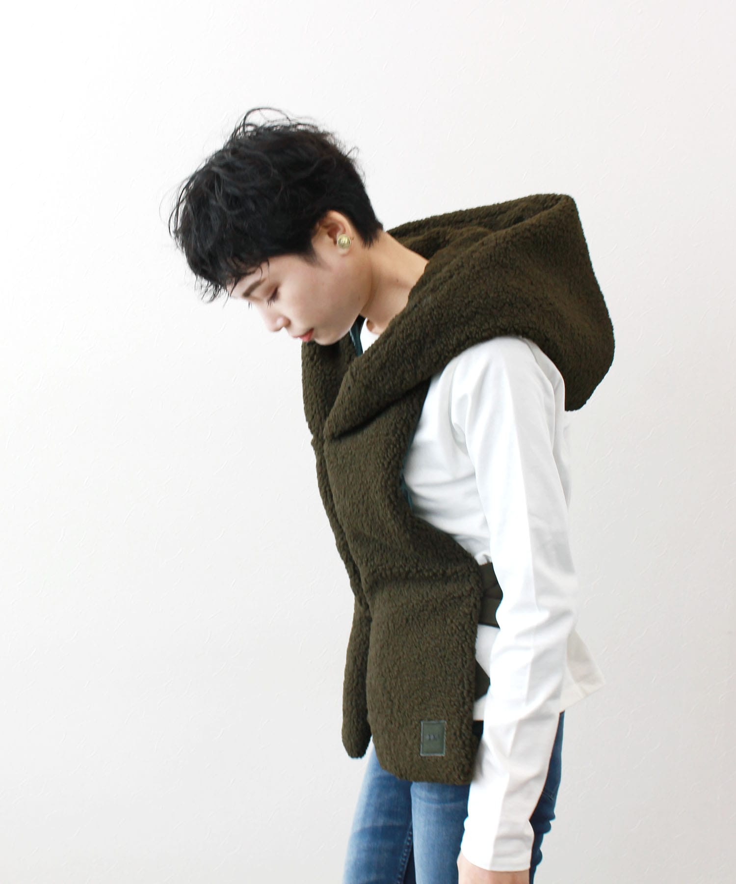 <OOF>eco sheep hooded stole