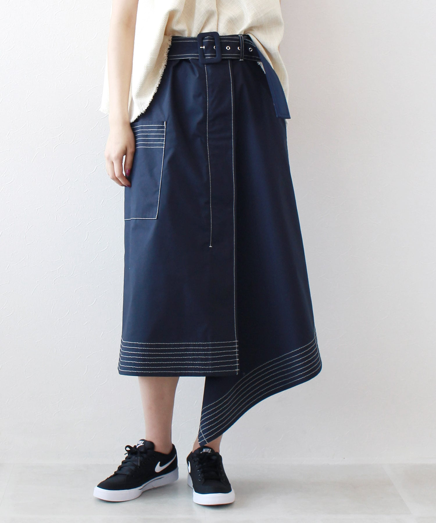 stetch asymetric layered skirt