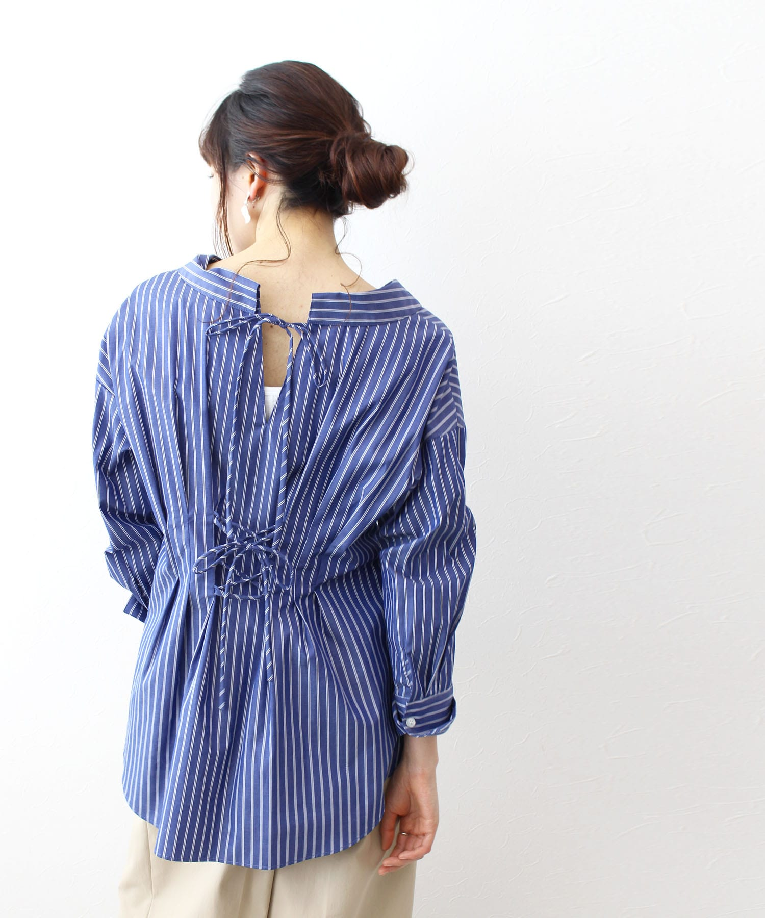 <B7>waist shape ribbon stripe blouse