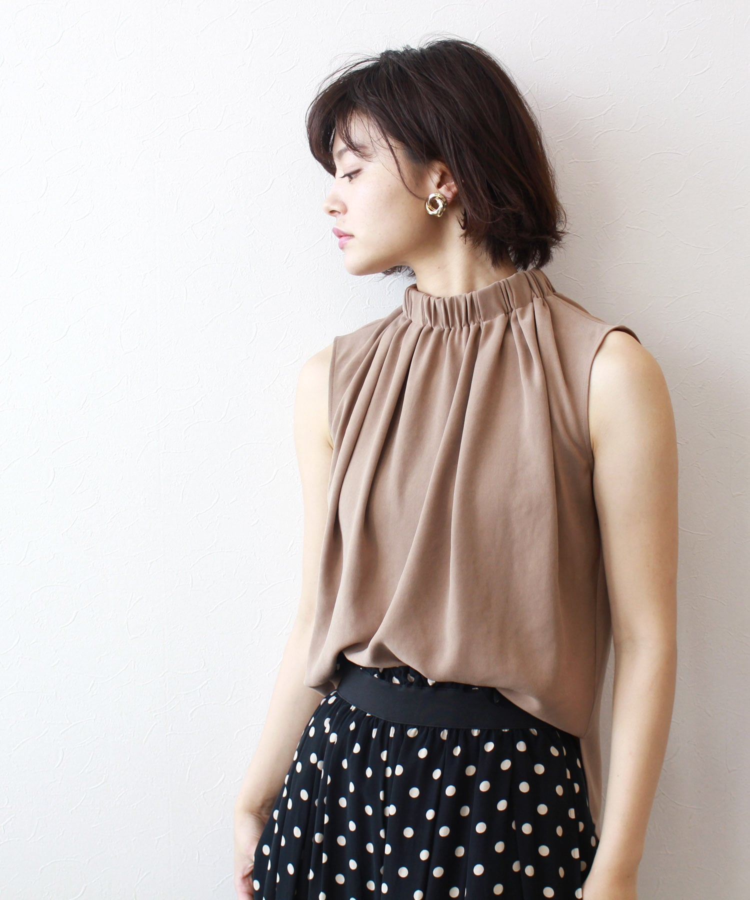 <B7>gather design blouse
