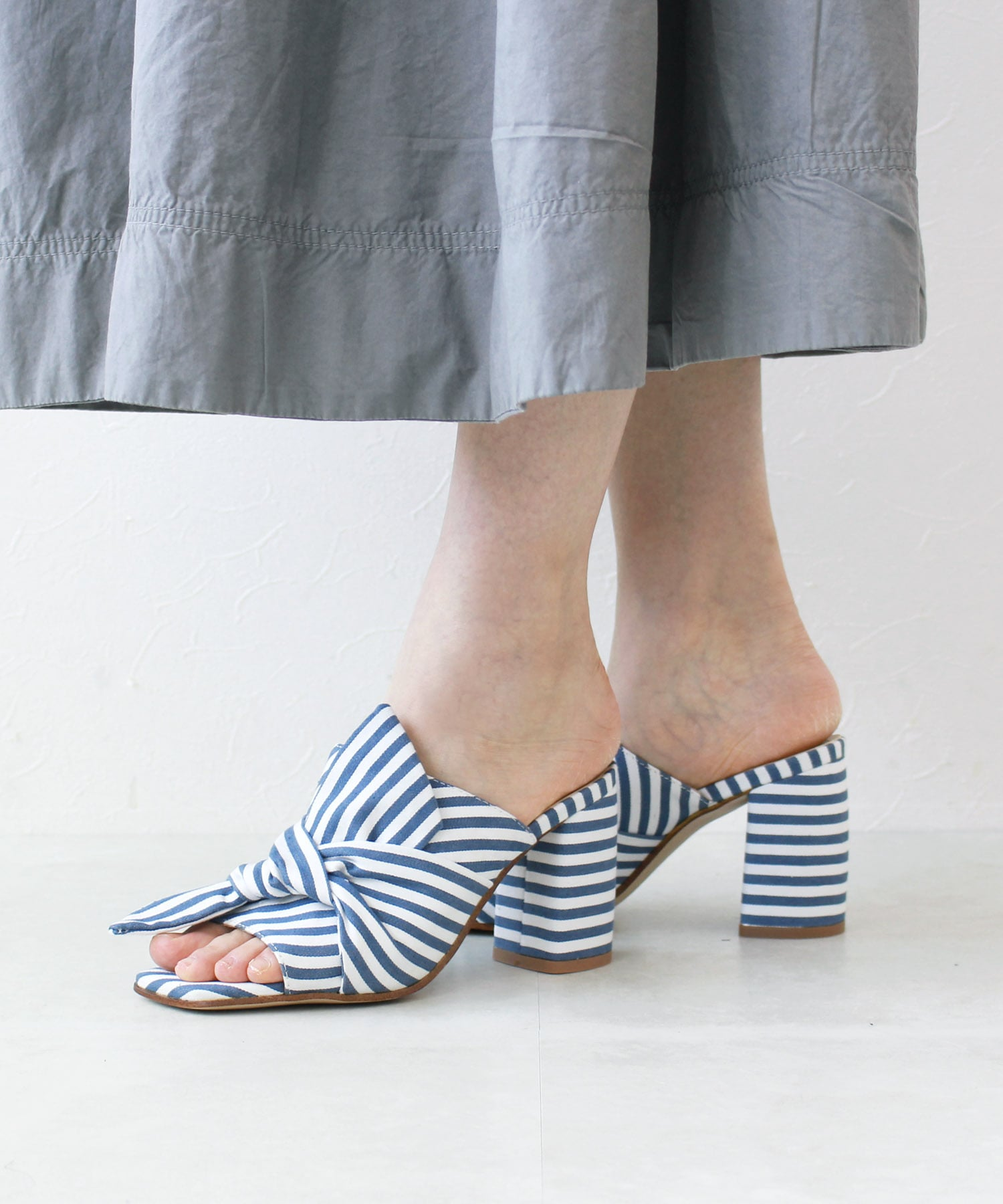 <BIBI LOU>Denim stripe sandals