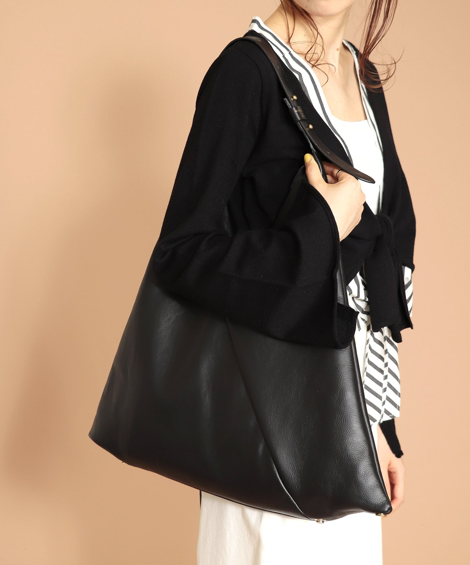 <CHRISTIAN VILLA>SAVANNA Triangle bag