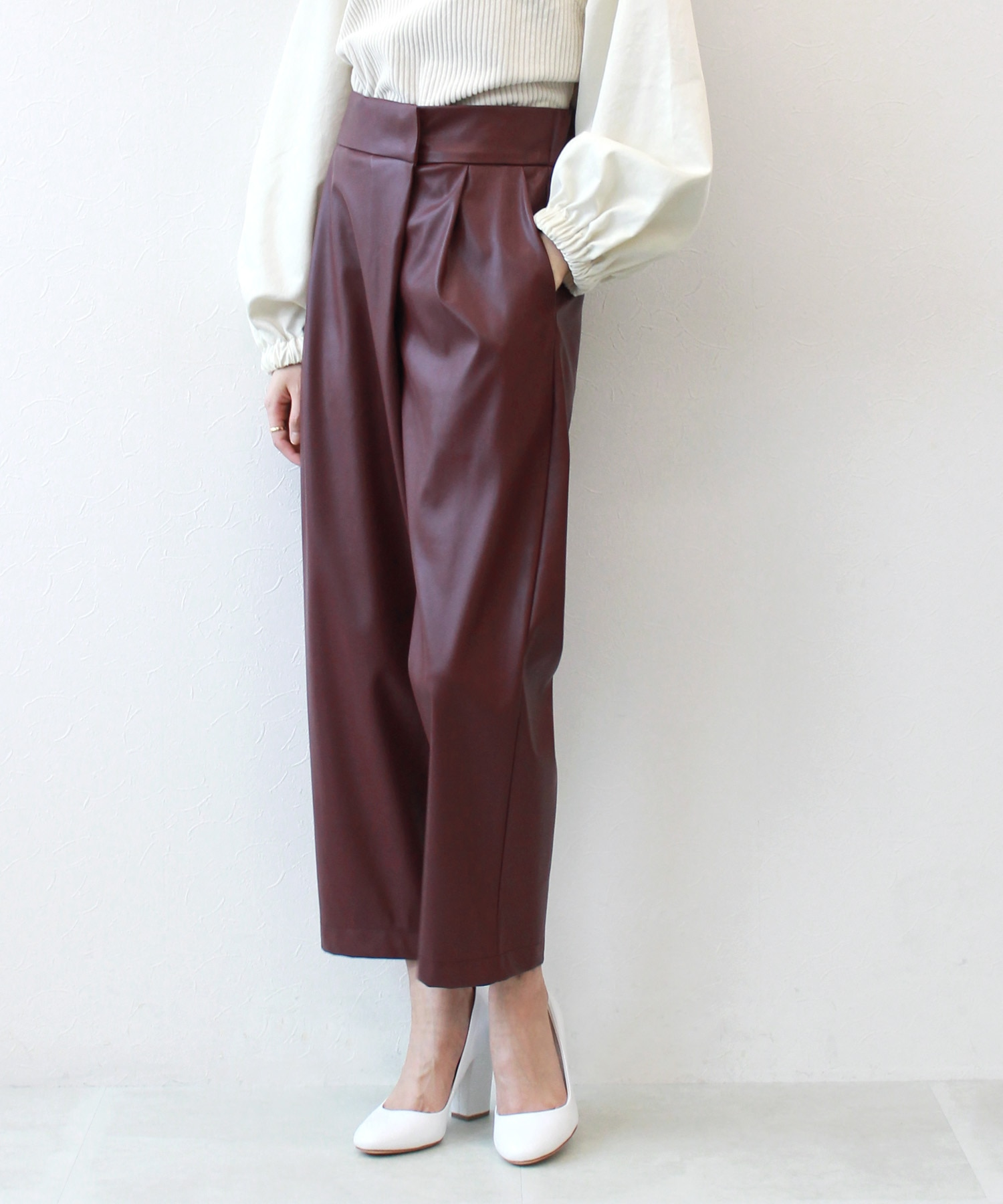 <Sugar Rose>eco leather wrap pants