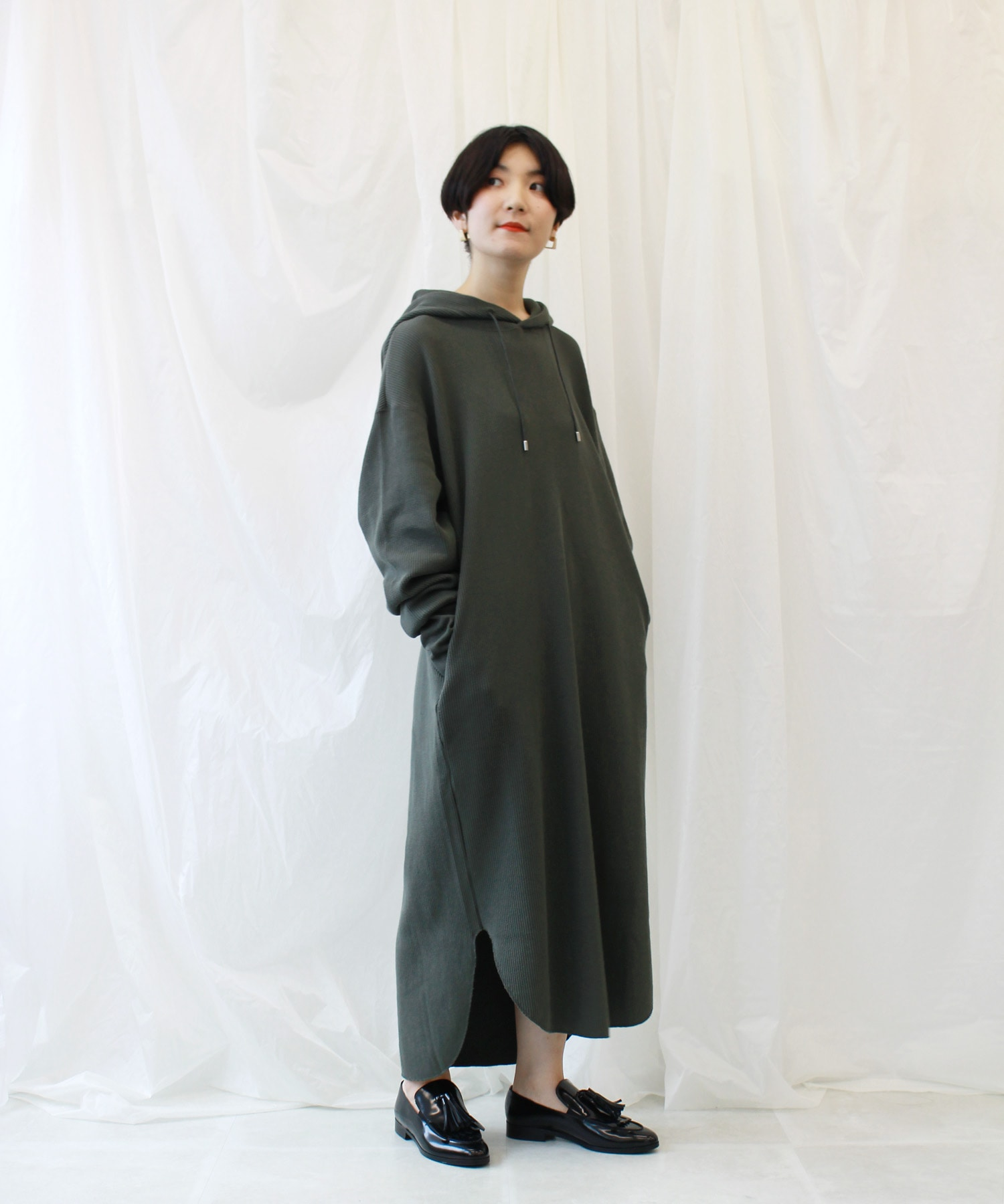 <B7>waffle hooded onepiece