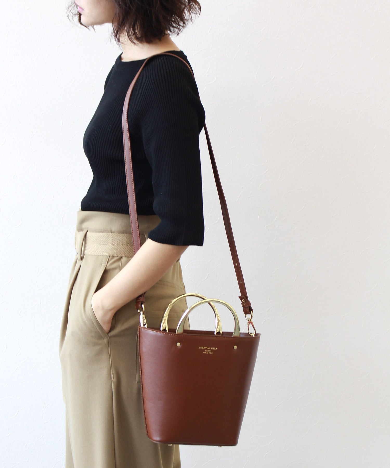 <CHRISTIAN VILLA>reather tassel bag