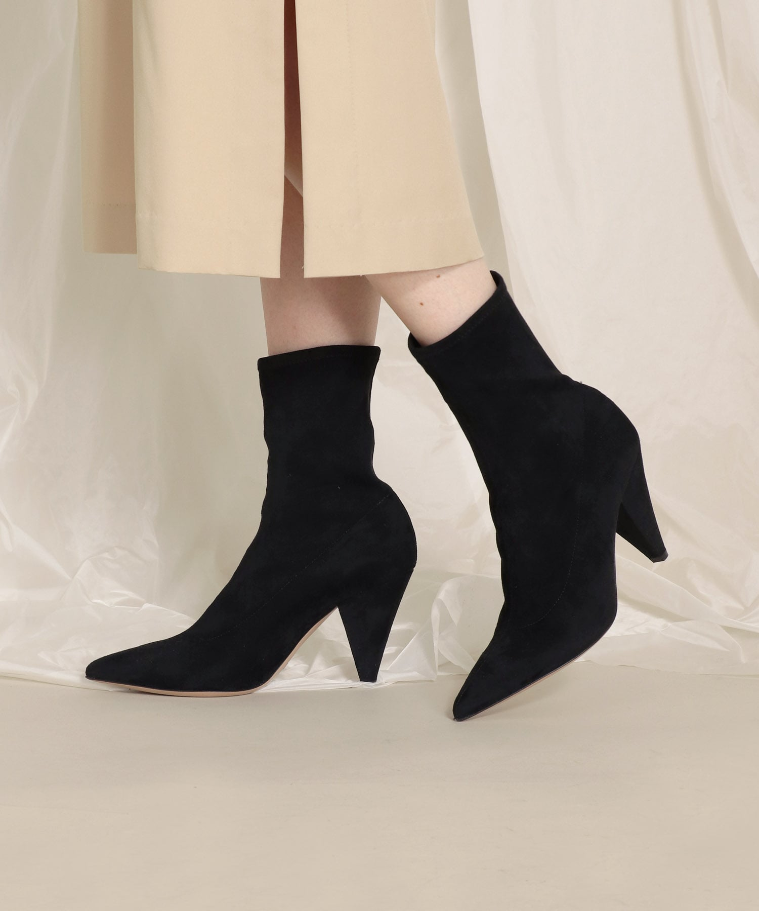 <FABIO RUSCONI>pointed to short boots