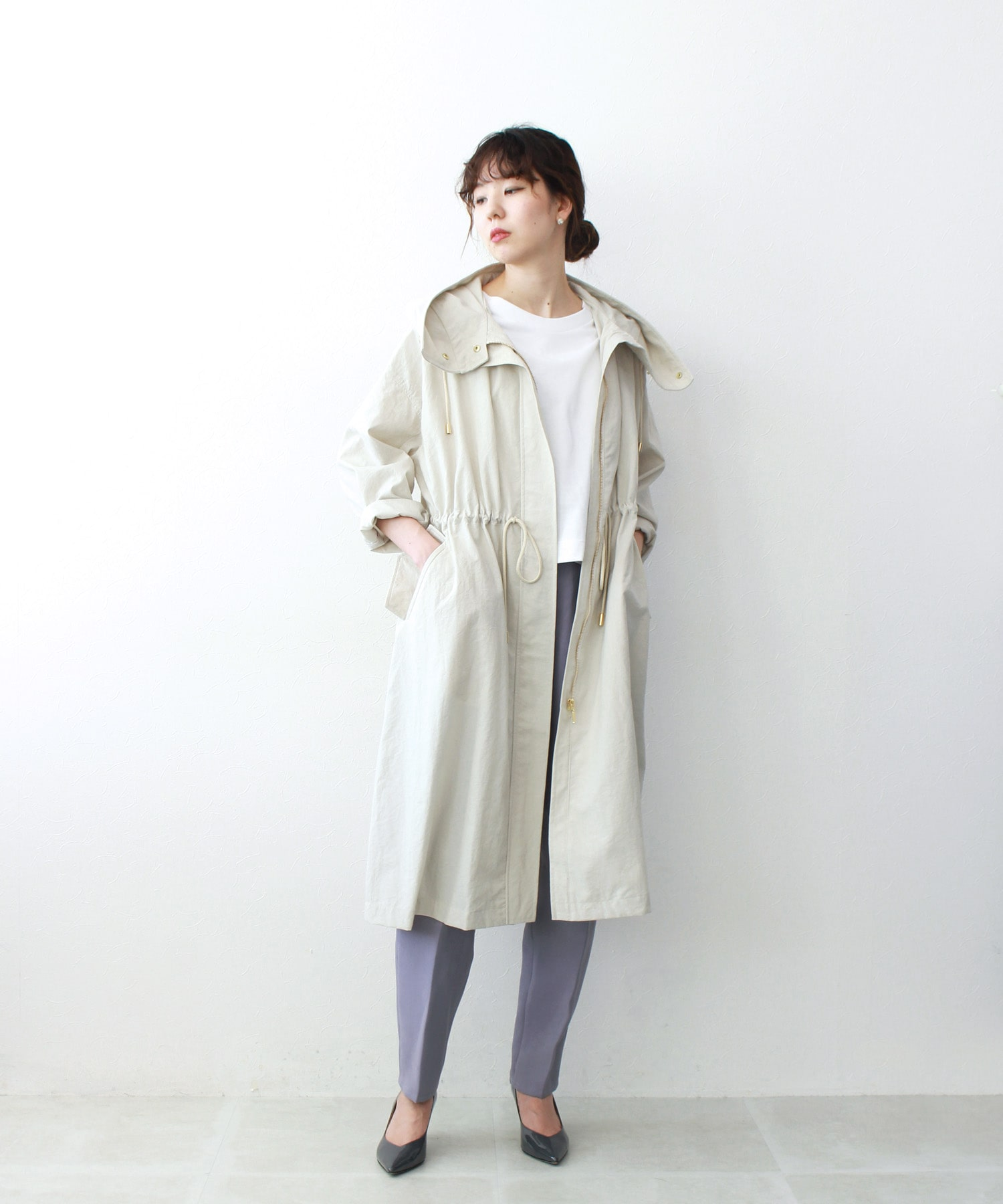 <B7>hooded nylon long blouson