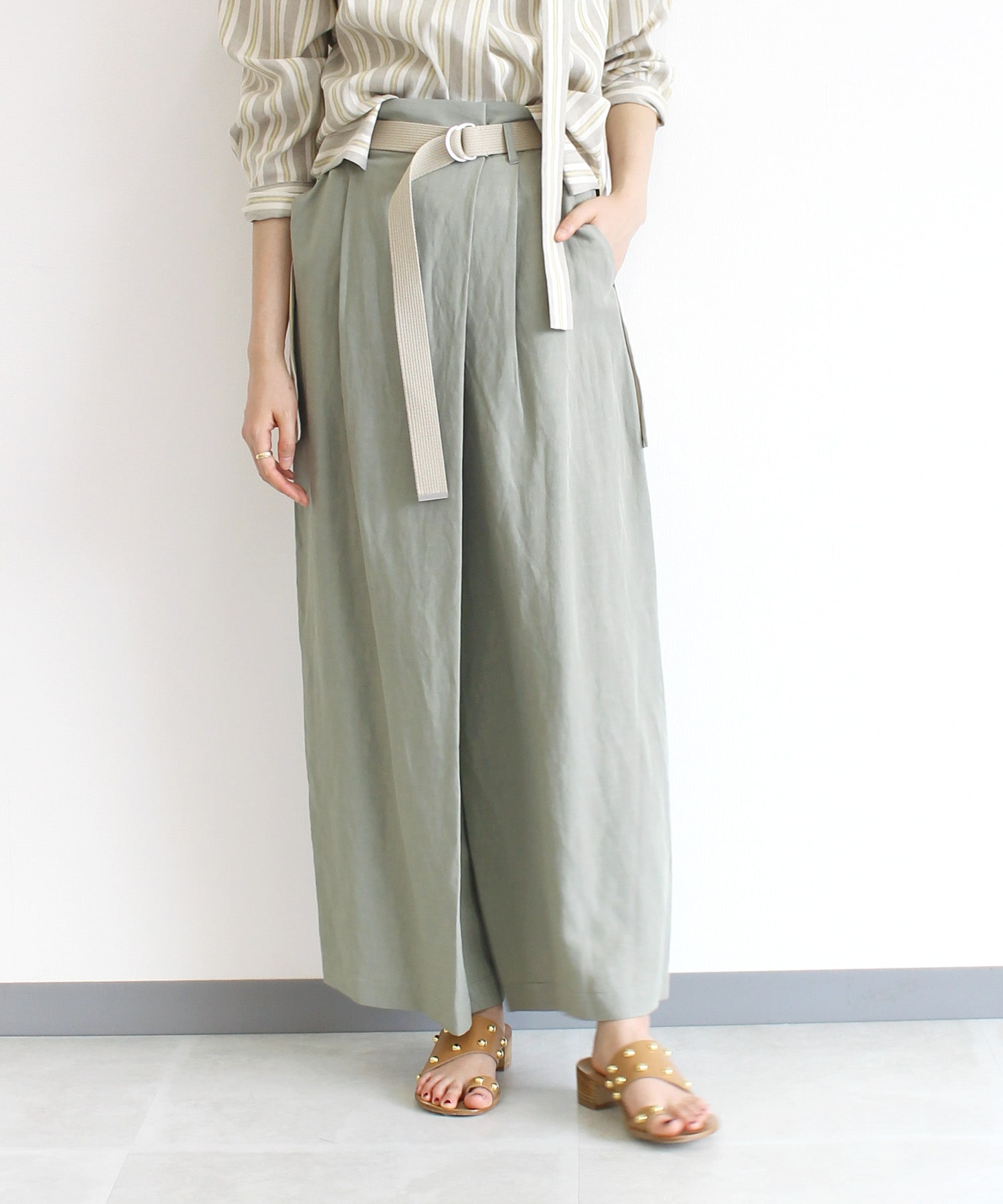 <B7>viscose belt wide pants
