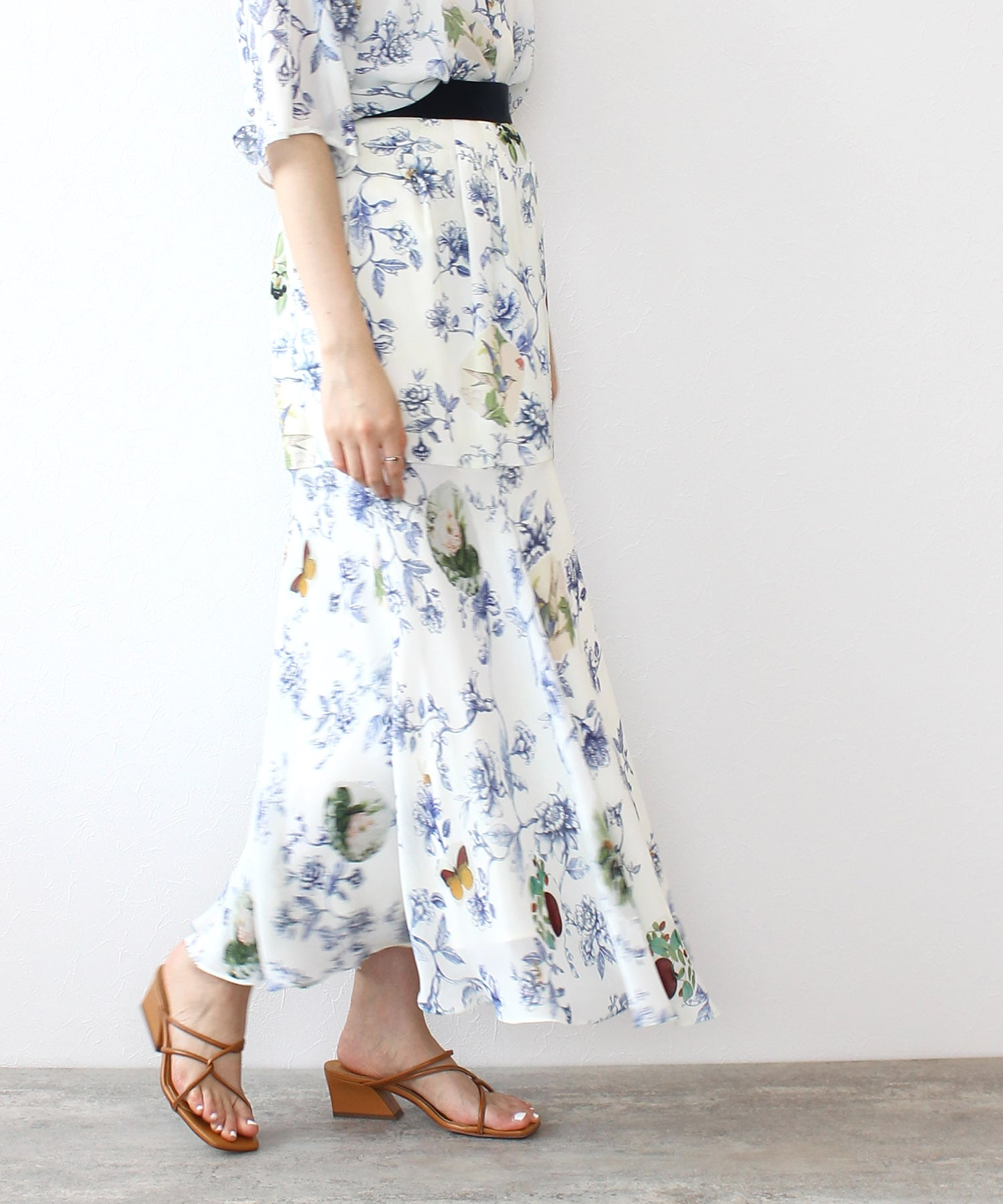 <PEELSLOWLY>flower collage skirt