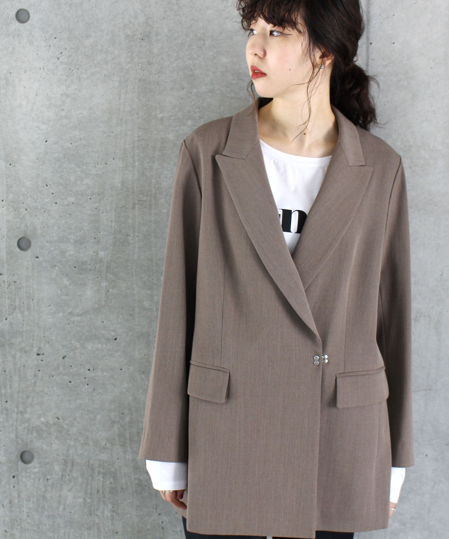 <B7>peaked lapel twill jacket