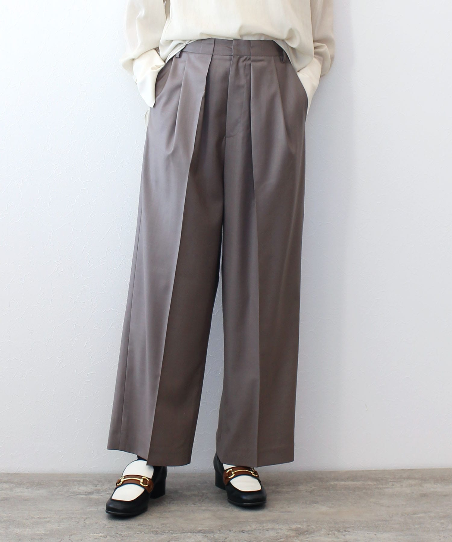 <B7>wool chintz tuck pants