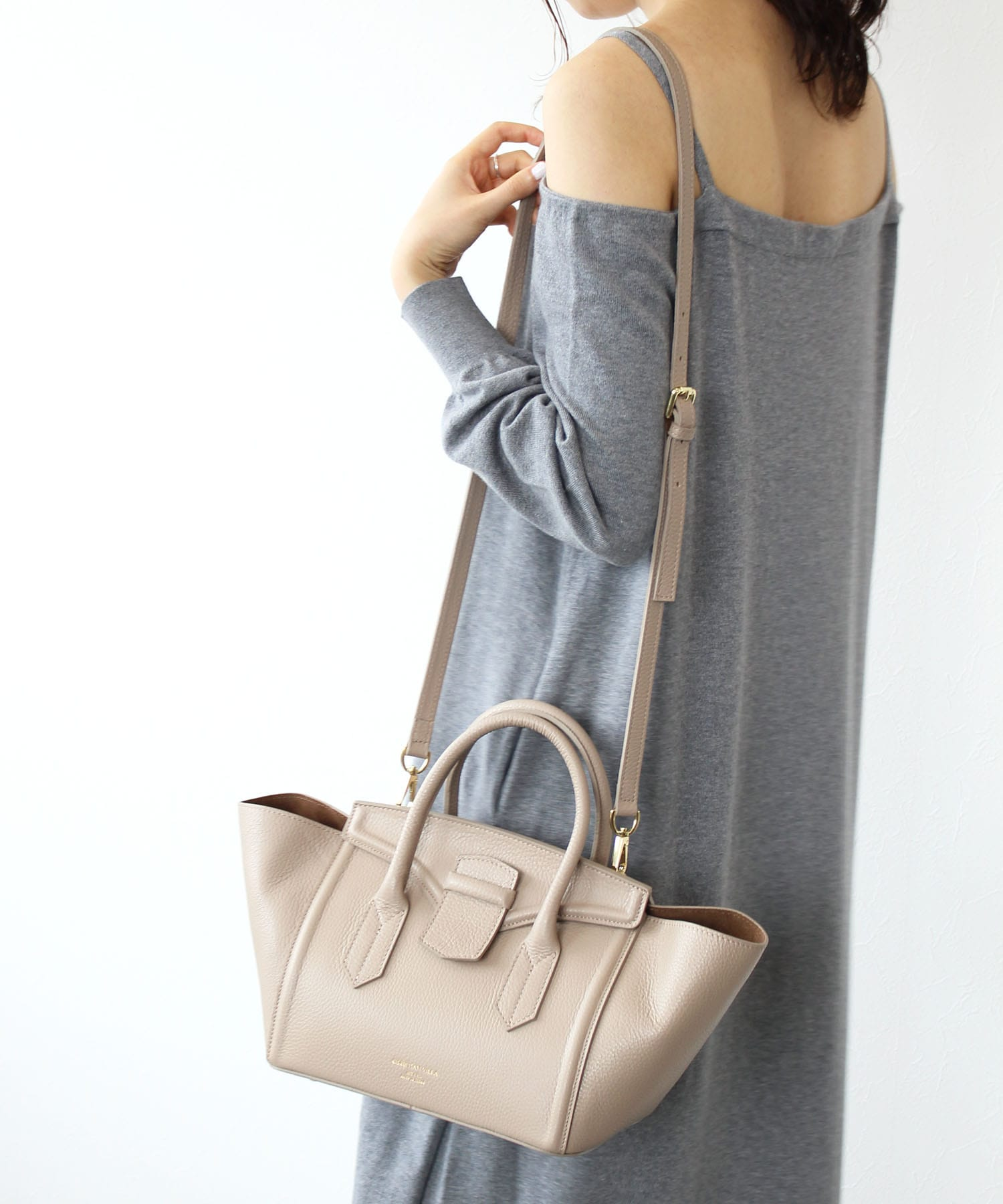 <CHRISTIAN VILLA>leather tophandle bag