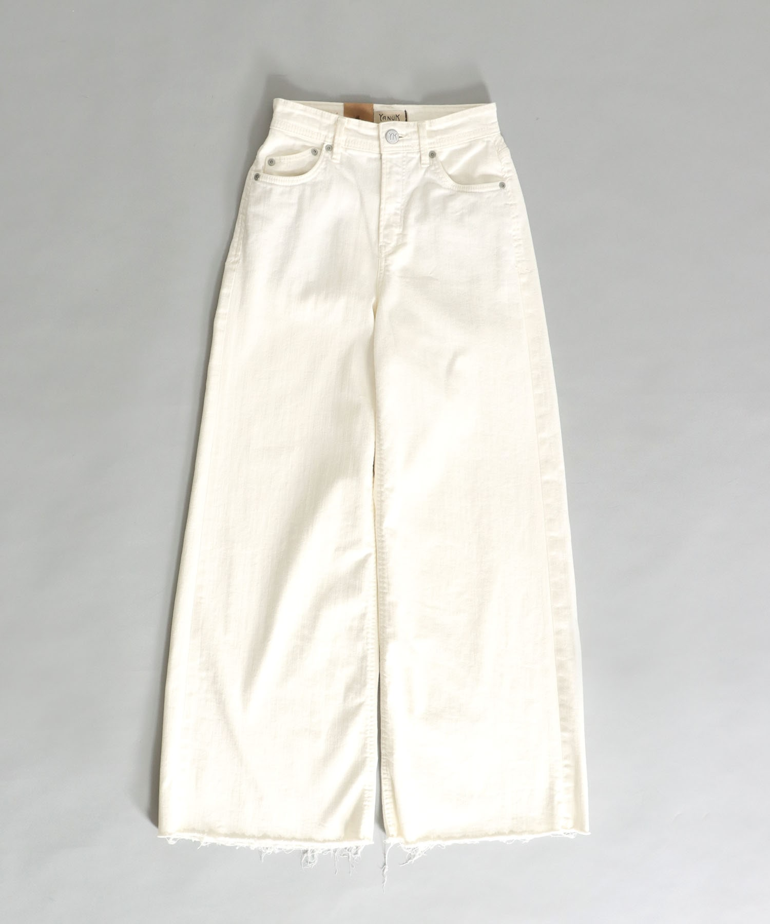 <YANUK>wide flare white pants