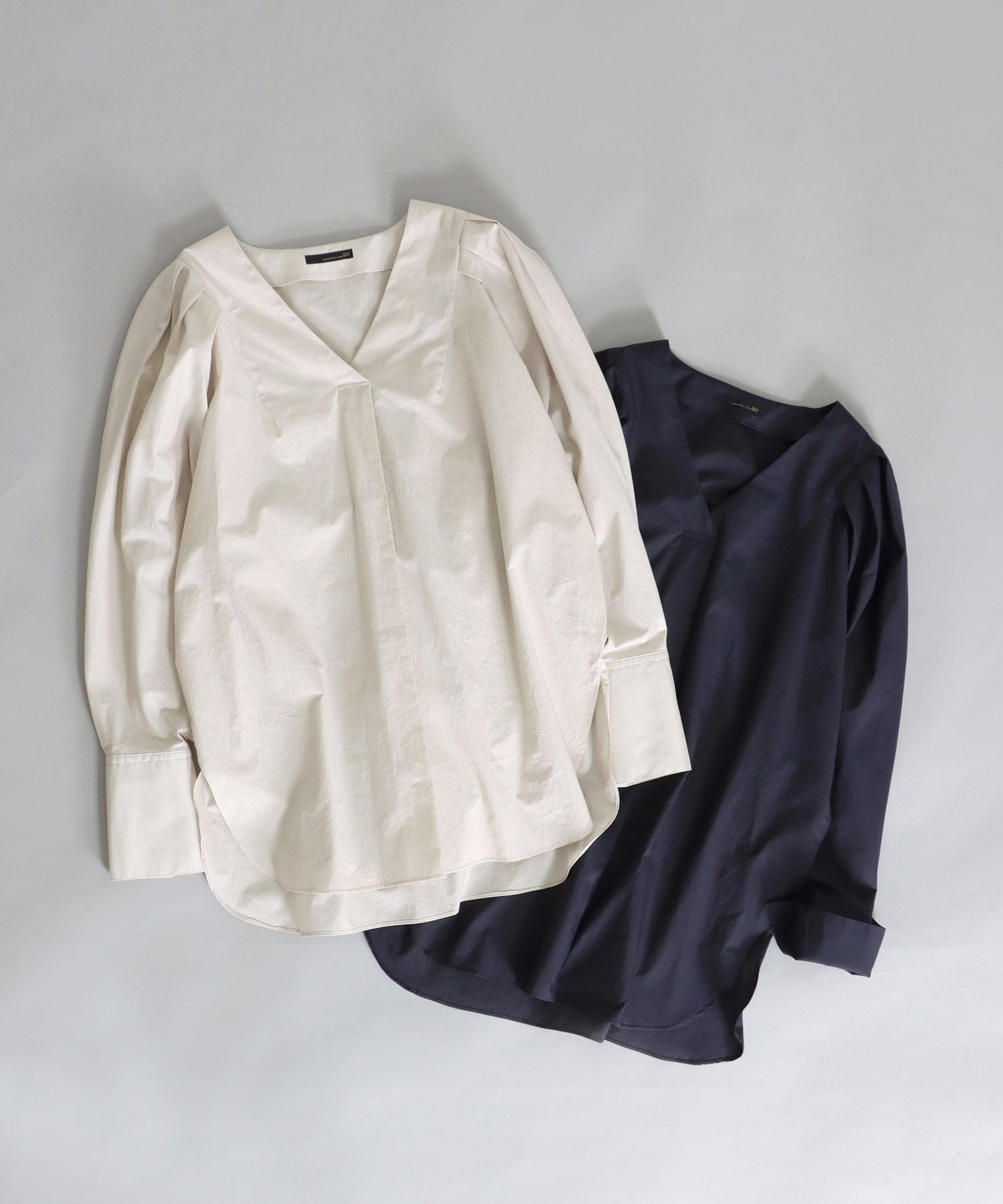 <B7> typewriter sleeve gather blouse