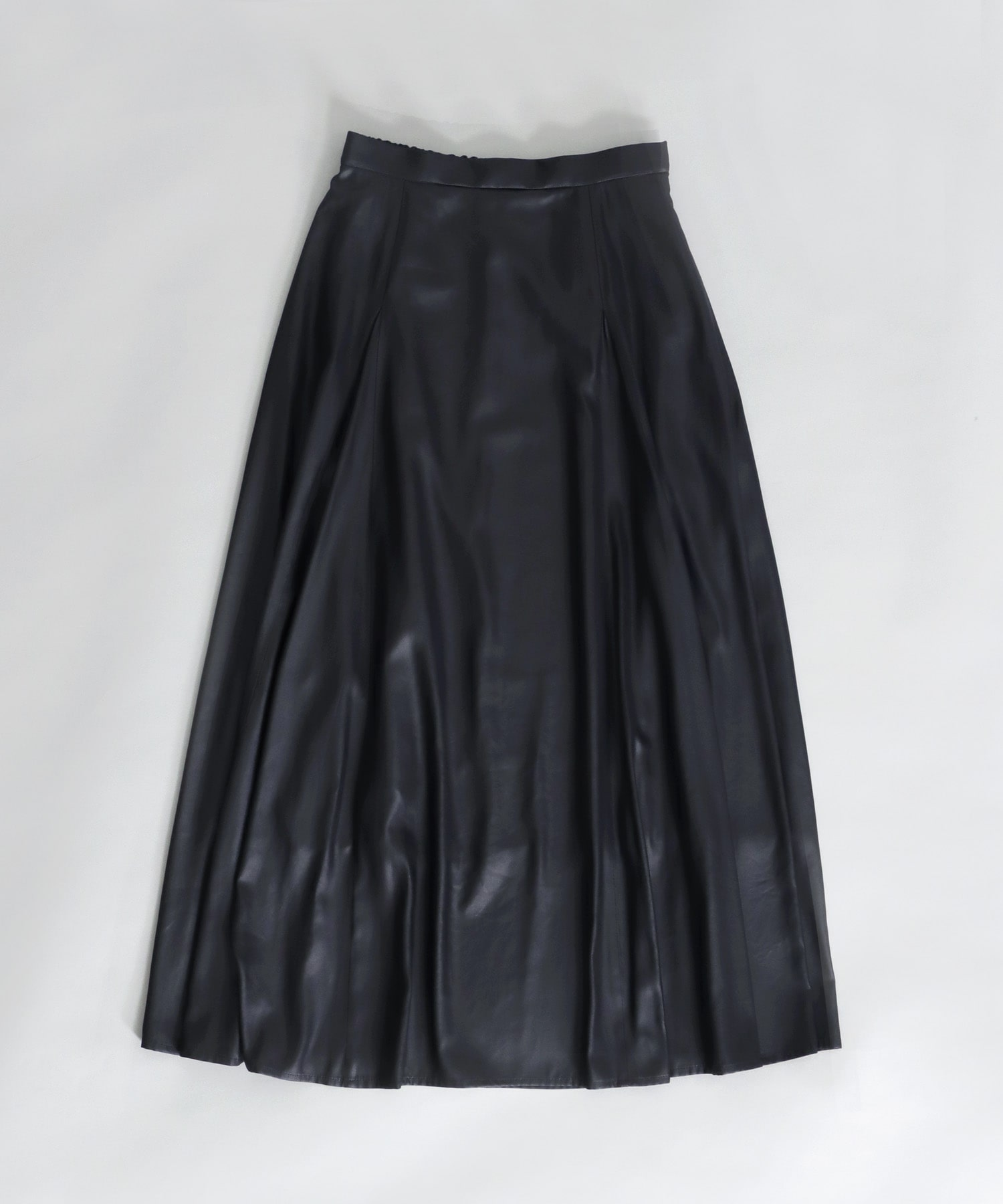 <B7>fake leather flare skirt