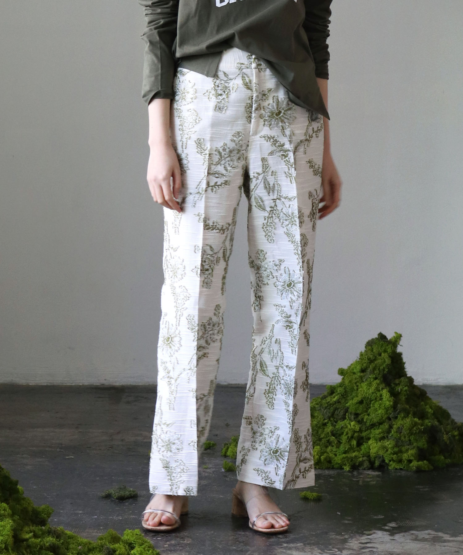<B7>cotton slab jacquard pants