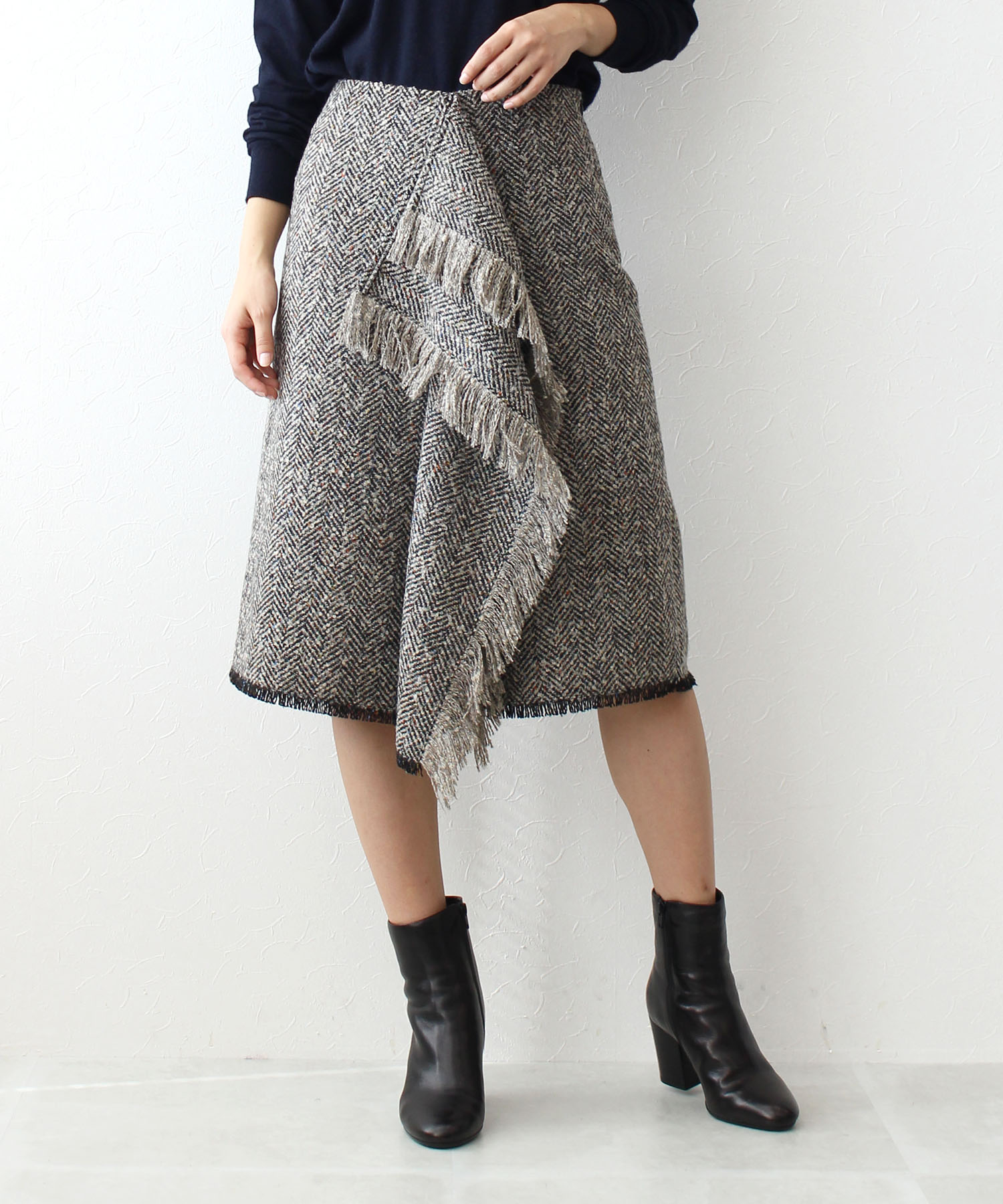 Italy tweed fringe skirt