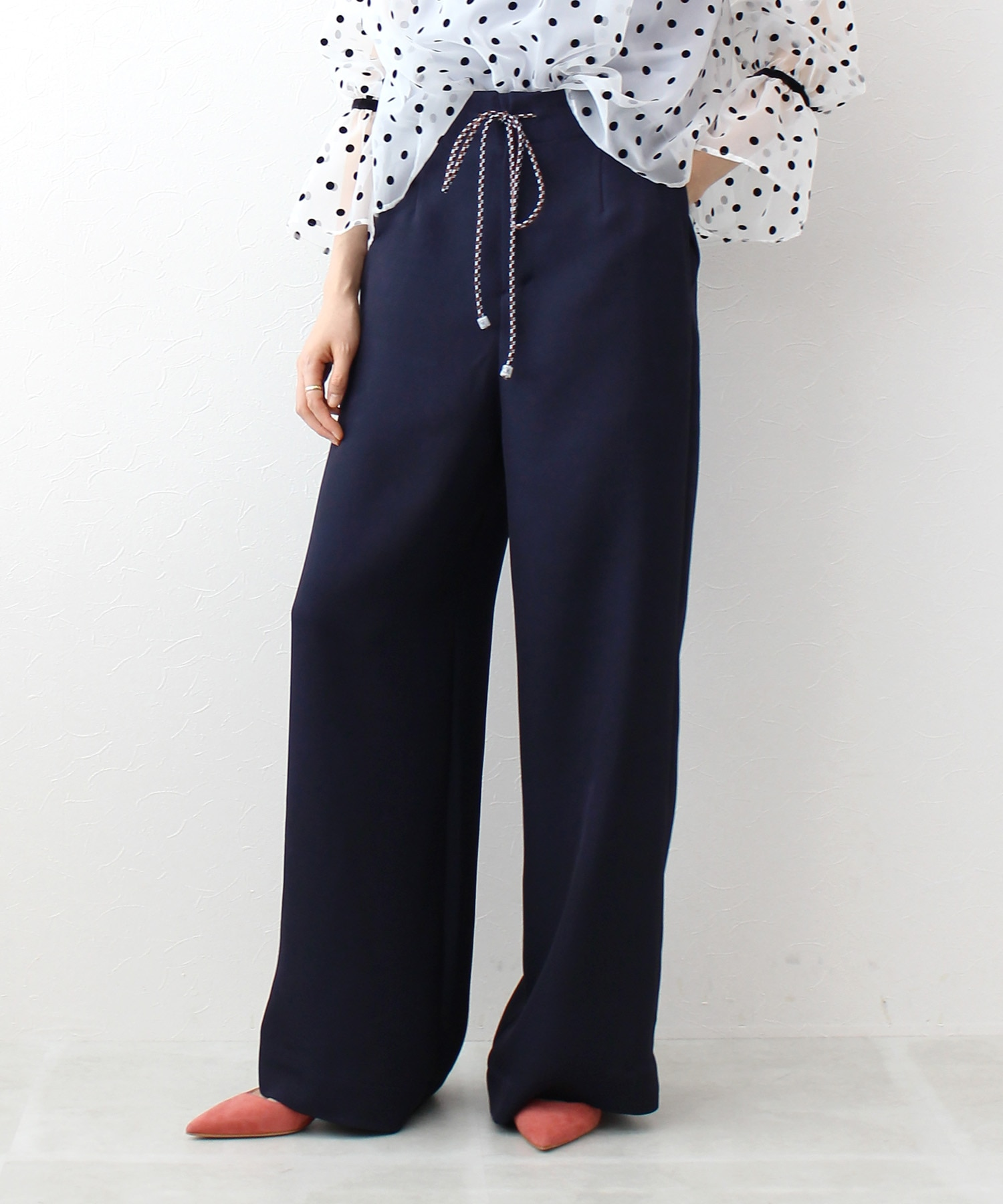color string relax pants