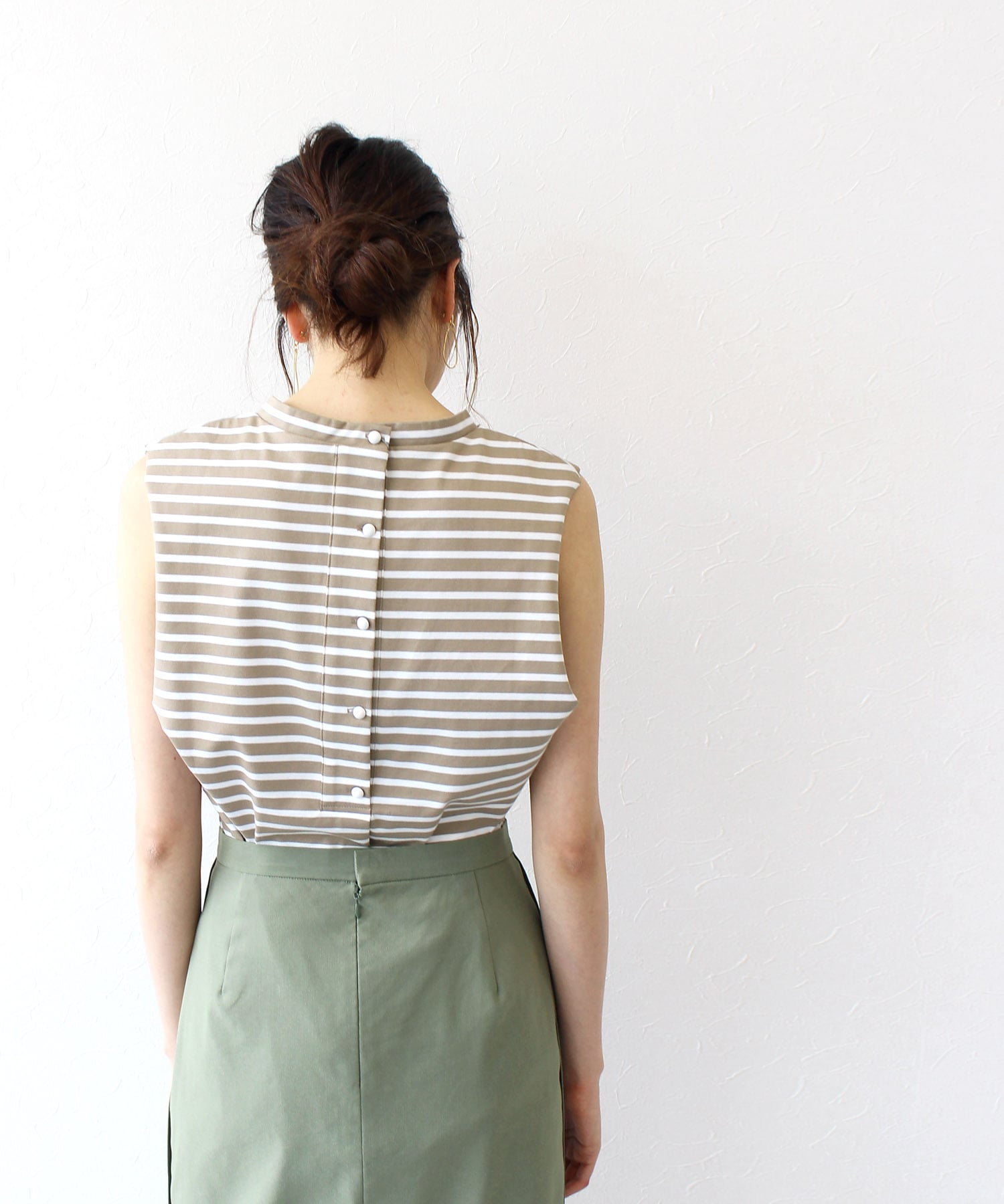 cotton border back button tank