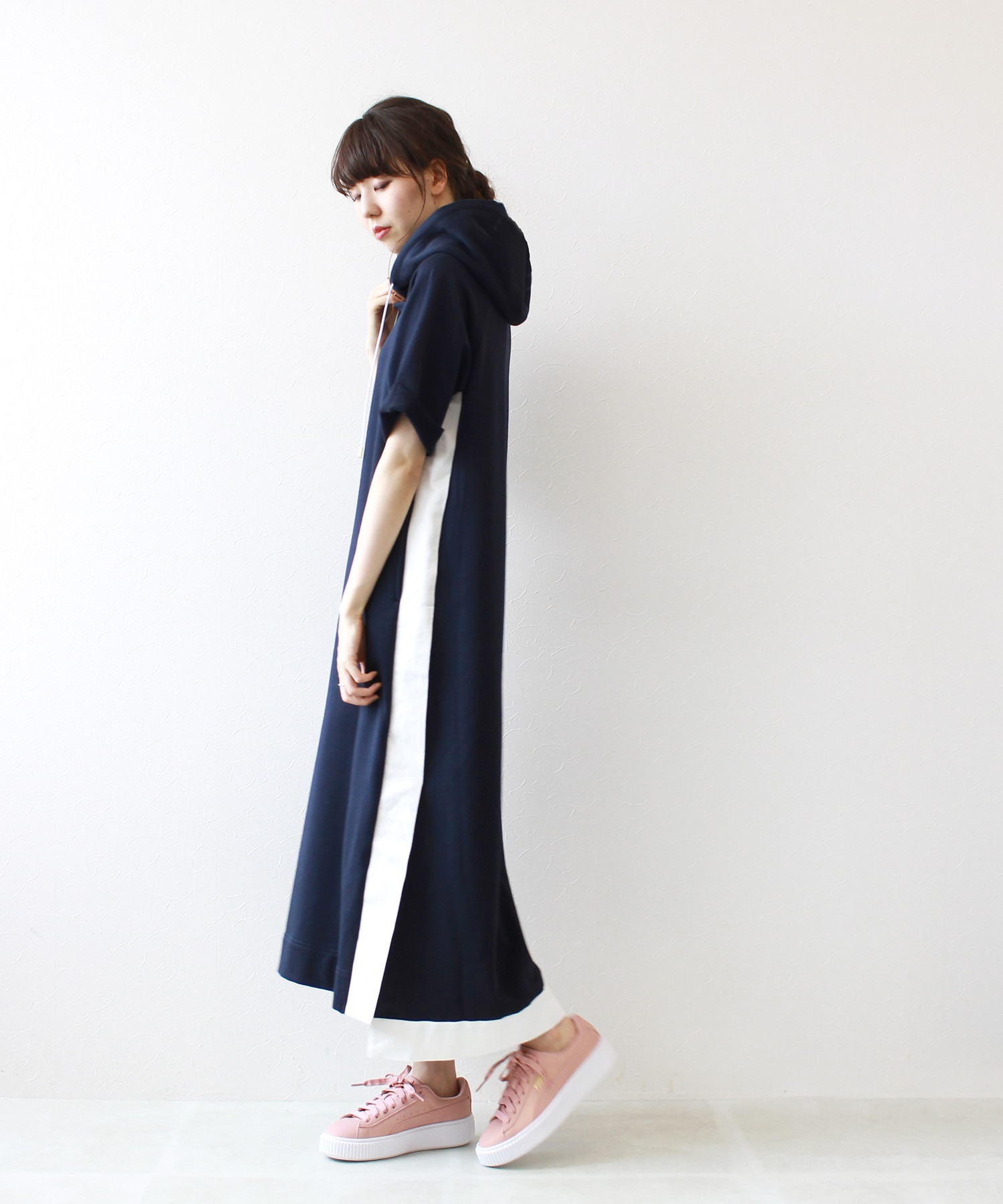 urake side slit line hooded dressⅡ