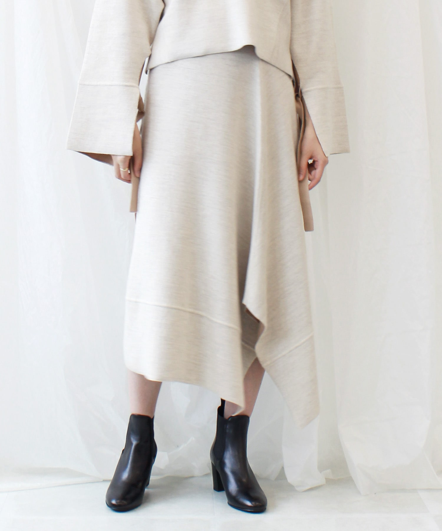 double face knit asymetric skirt