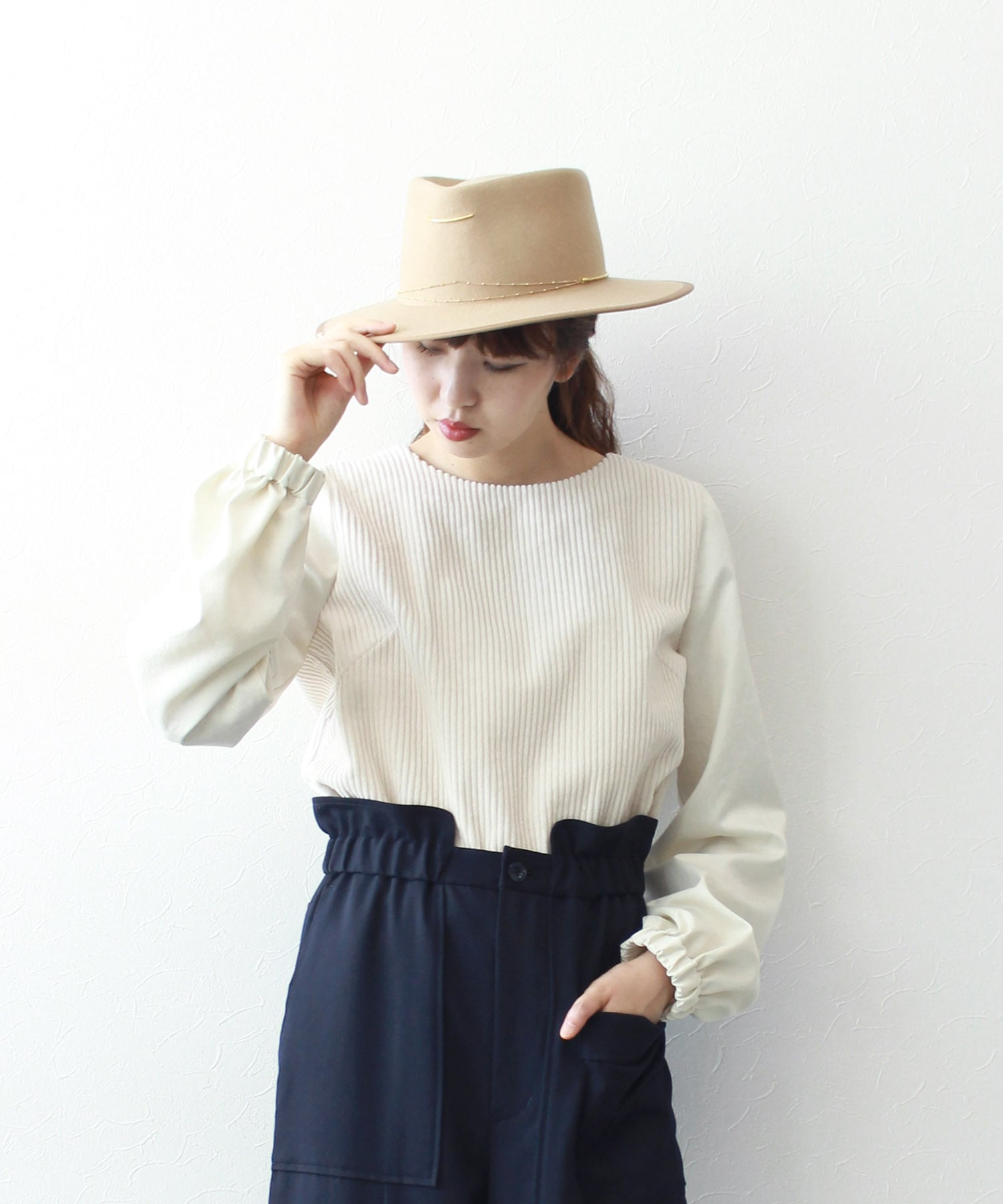 corduroy×satin sleeve blouse