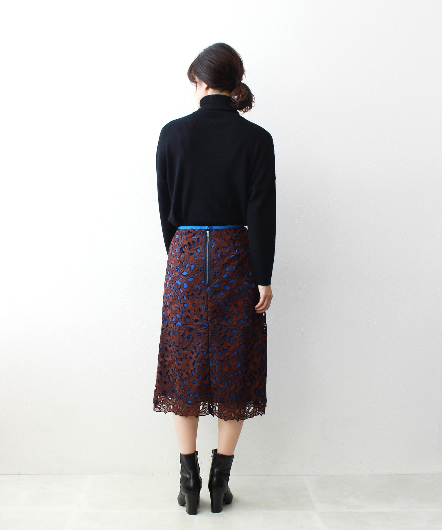 color mix lace pensil skirt