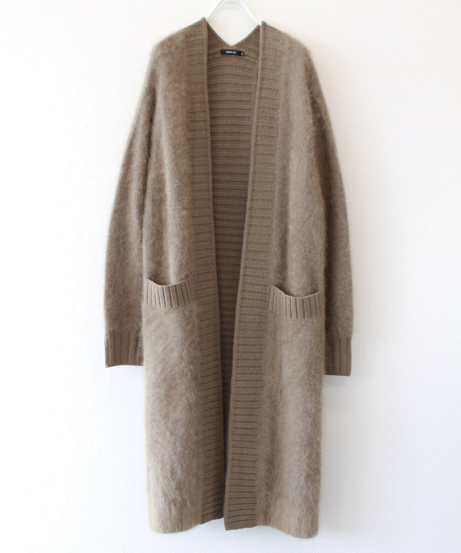 raccoon×code yarn cardigan