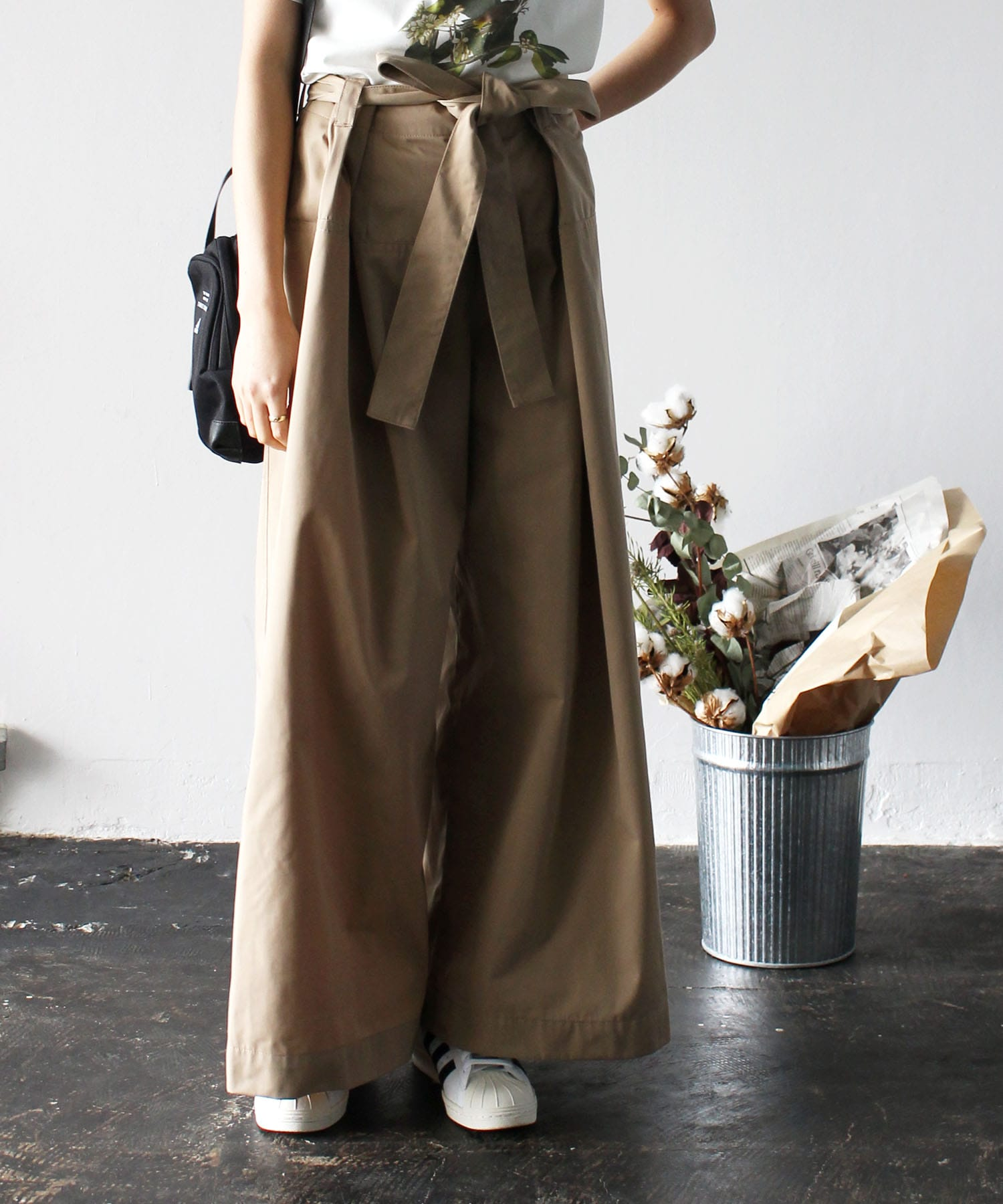 gabardine super wide pants