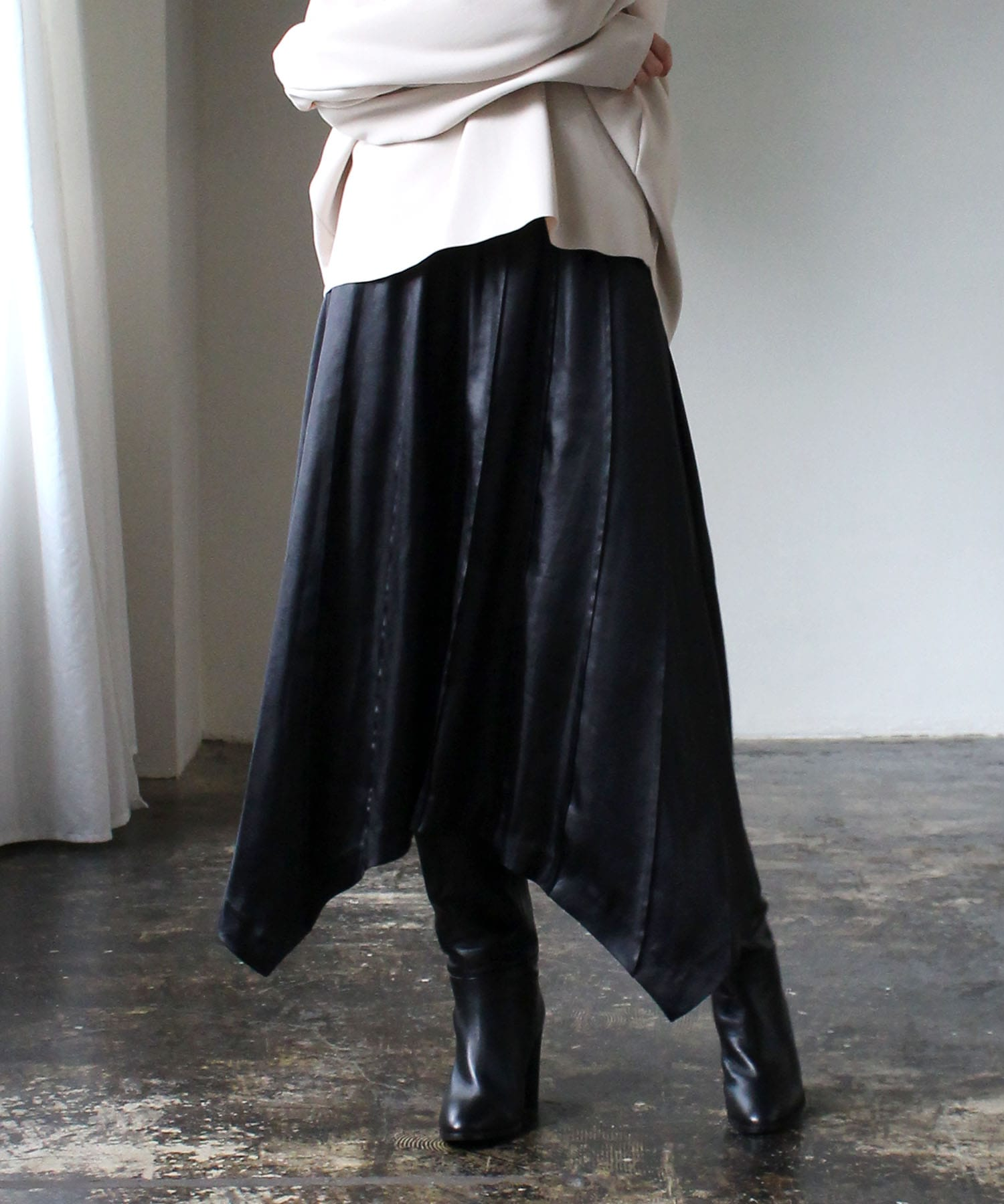 satain asymtric tuck skirt