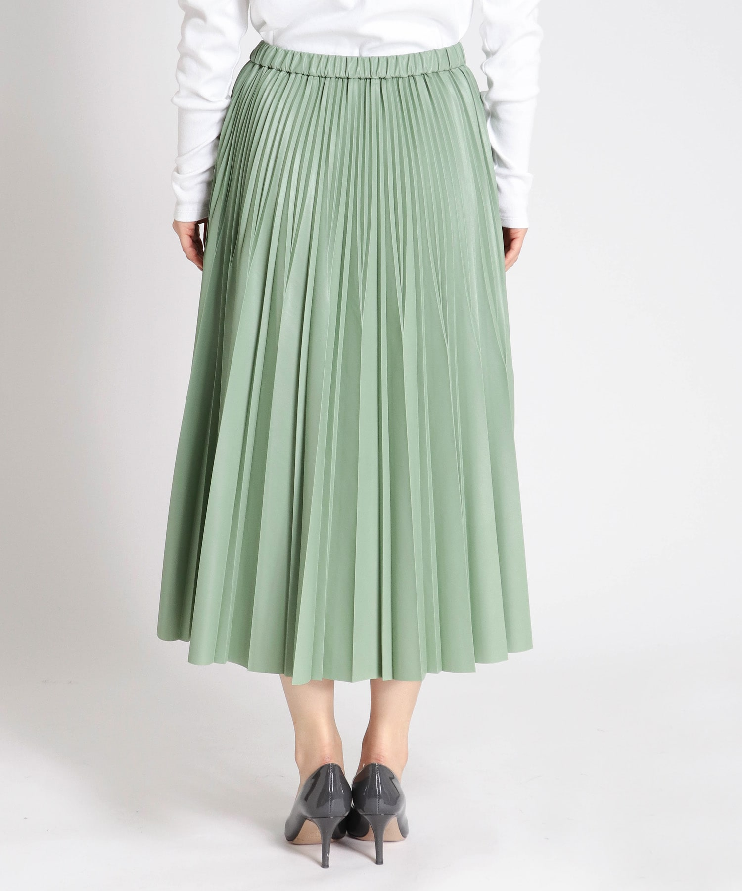 light eco leather pleats skirt